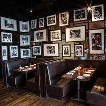 photo of michael jordan's restaurant - oak brook restaurant