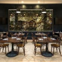 photo of five oaks taproom restaurant