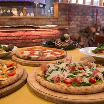 photo of simple italian cucina pizzeria restaurant