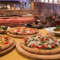 foto de restaurante simple italian cucina pizzeria