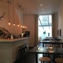 photo of lisa's kitchen & bar restaurant