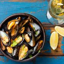 photo of moules a go go restaurant