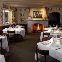 photo of lucky's restaurant