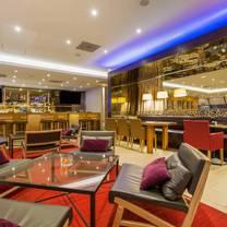 foto von 750 restaurant & bar restaurant