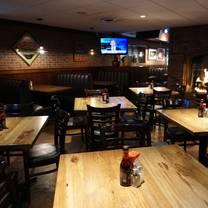 photo of rusty bucket - worthington restaurant