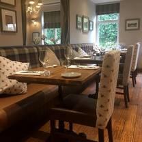 photo of the three oaks restaurant