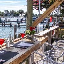 photo of the island hideaway restaurant
