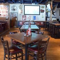 photo of wild wing cafe - dunwoody restaurant