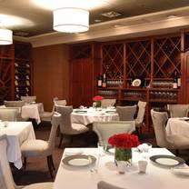 photo of charleston restaurant