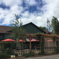 photo of ike's food & cocktails - minnetonka restaurant