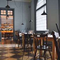 photo of huset restaurant