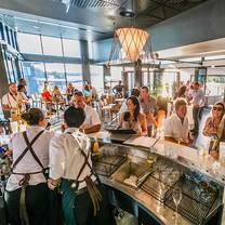 foto von the point bar and grill restaurant