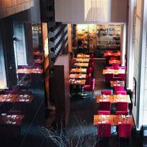 photo of decca 77 restaurant