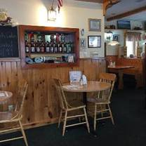 photo of captain's cabin restaurant