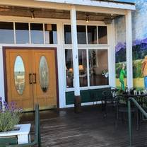 photo of stanwood grill restaurant