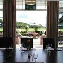 photo of sonning golf club restaurant