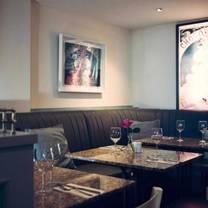 photo of waterfront bistro restaurant