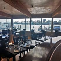 photo of water's edge restaurant