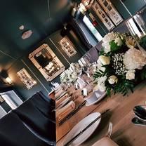 photo of junction 28 restaurant
