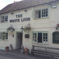 photo of the white lion restaurant