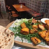 foto von falafel restaurant