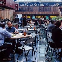 foto de restaurante pasillo de humo