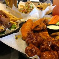photo of buffalo wild wings - mt. pleasant restaurant