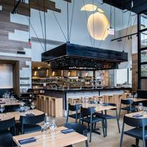 photo of momofuku ccdc restaurant