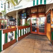 photo of barney's beanery - burbank restaurant