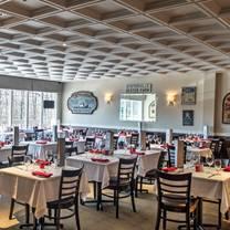 photo of bernie's holiday restaurant restaurant