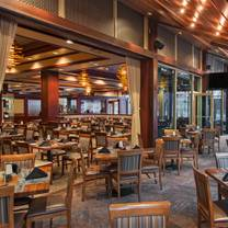 photo of mccormick & schmick's seafood - atlanta (cnn center) restaurant