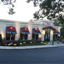 photo of houlihan's - parsippany restaurant