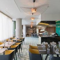 photo of holiday inn paris marne la vallee ihg restaurant