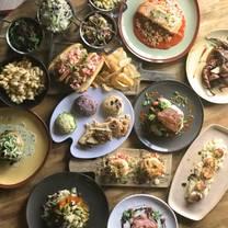 foto von mr crabby's craft kitchen + bar restaurant