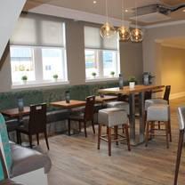 photo of maggie's bar & kitchen restaurant