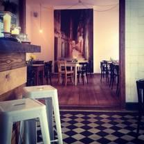 foto von mama kalo restaurant