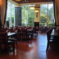 photo of 310 lakeside restaurant