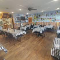 photo of momma pearl's cajun kitchen restaurant