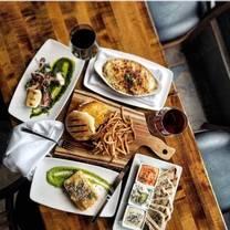 foto von underhill cafe &grill restaurant