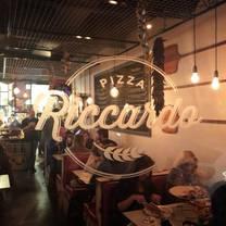 foto de restaurante pizza riccardo