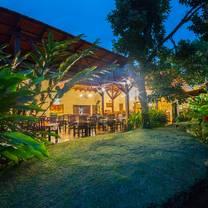 photo of luna grill restaurant