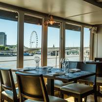 photo of the yacht london restaurant