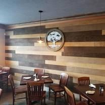 photo of crooked oak tavern restaurant