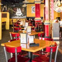 photo of sawatdee thai restaurant - minneapolis restaurant
