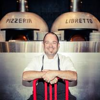 foto von pizzeria libretto danforth restaurant