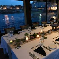 photo of fish hopper restaurant