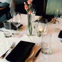 photo of theo's rogers restaurant
