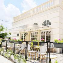 photo of cafe poetes restaurant
