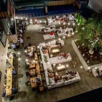 foto von oak + violet - park james hotel restaurant