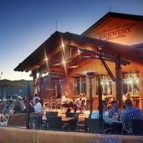 photo of colorado mountain brewery restaurant